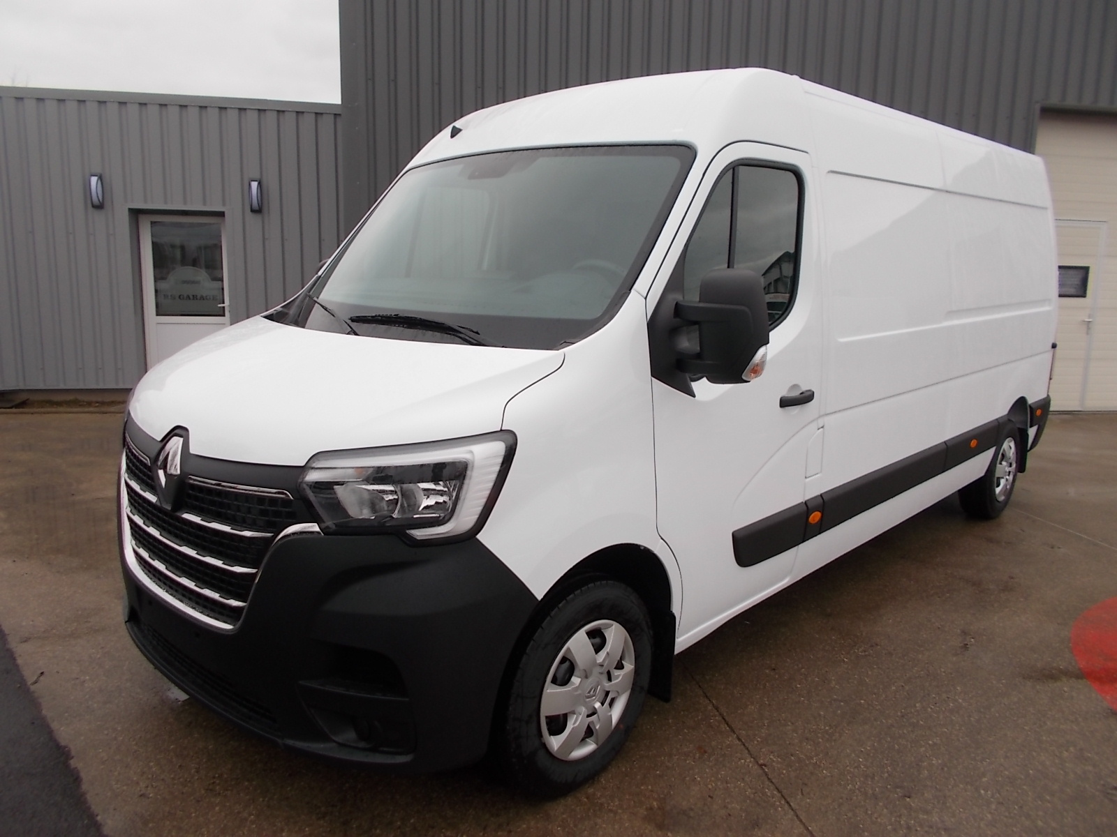 RENAULT MASTER ( PHASE 2 ) L3H2 T35 FOURGON 2.3 BLUE DCI 135 EXTRA R-LINK