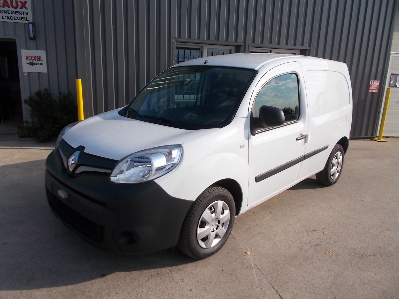 RENAULT KANGOO II ( PHASE 2 ) L1 EXPRESS 1.5 BLUE DCI 115 ENERGY EXTRA 03 PLACES