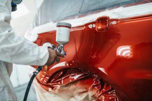 la seconde couche de peinture, à base d'eau pour respecter l'environnement