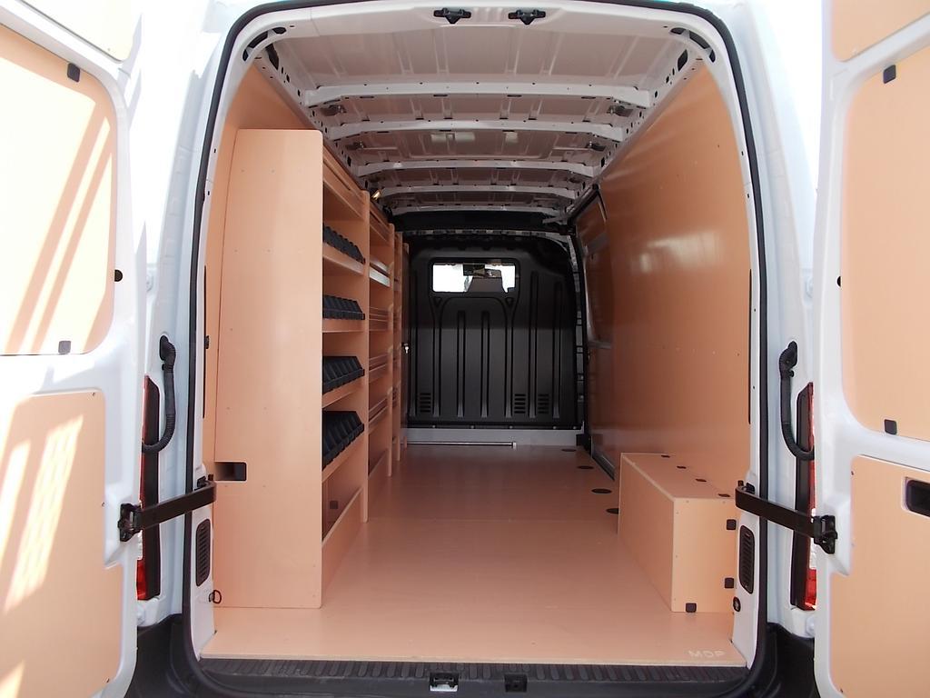 Habillage bois + meubles bois sur Master L3H2