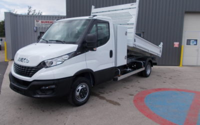 IVECO DAILY 35C16 H3.0 SIMPLE CABINE BENNE + COFFRE