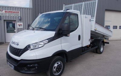 IVECO DAILY 35C16 H3.0 SIMPLE CABINE BENNE + COFFRE NEUF