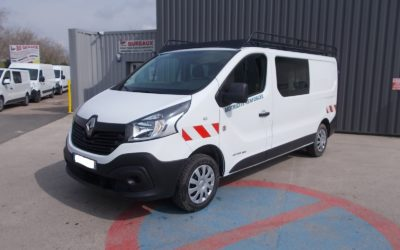 RENAULT TRAFIC III L2H1 FOURGON 1.6 DCI 125 GRAND CONFORT CABINE APPRONFONDIE FIXE 06 PLACES + GALERIE + ATTELAGE : MOTRICITE RENFORCEE