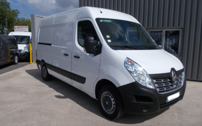 RENAULT MASTER III ( Phase 2 ) L2H2 T35 FOURGON 2.3 DCI 130 PACK MEDIA NAV 03 PLACES