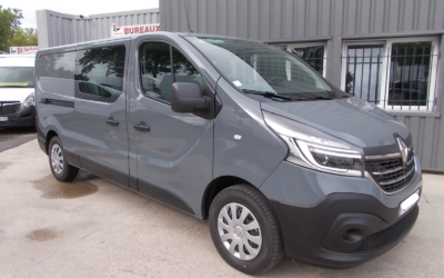RENAULT TRAFIC L2H1 FOURGON 2.0 Blue DCI 145 TT R-LINK CABINE APPROFONDIE FIXE 06 PLACES NEUF