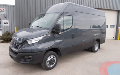 IVECO DAILY 35C18 HA8 V12 FOURGON PACK BUSINESS EXCLUSIVE