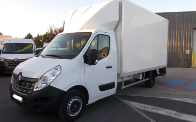 RENAULT MASTER III ( Phase 2 ) CCB 2.3 DCI 145 TT GRAND CONFORT CAISSE 20 m3 + HAYON